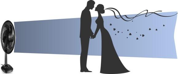 Ventilador soprando sobre um casal de noivos. Véu da noiva esvoaçando e pequenos corações saindo do casal.